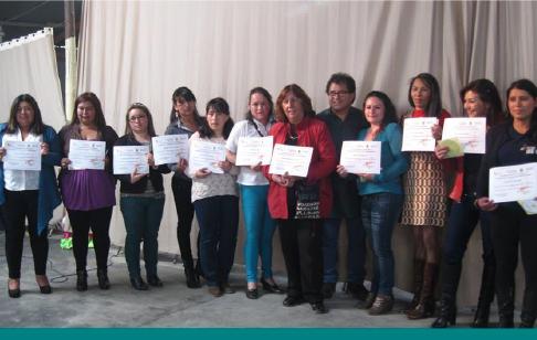Programa-Mujeres-Constructoras-de-Paz-Fundacion-La-Cruz