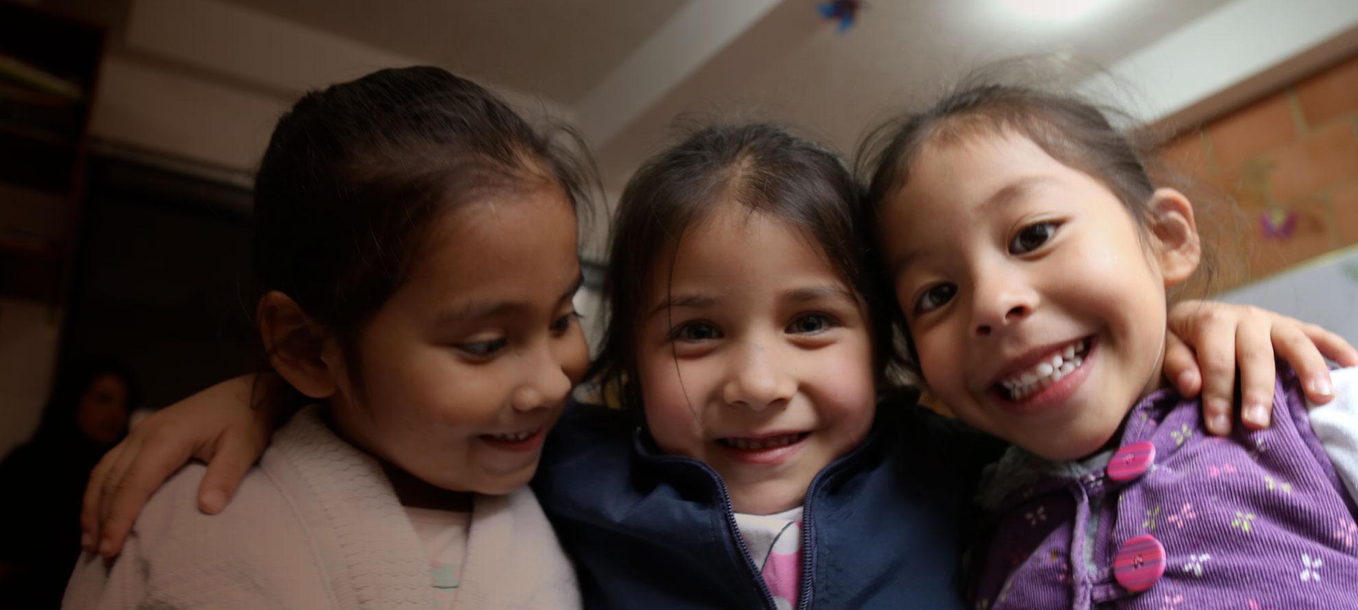 Construyendo Sonrisas Fundación La Cruz